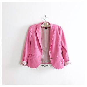 H&M ∙ Pink Button Blazer